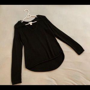 H&M black v-neck sweater